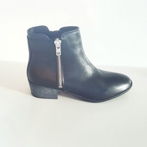 NWT BLACK LEATHER ZIPPER TRUE BOOTIE